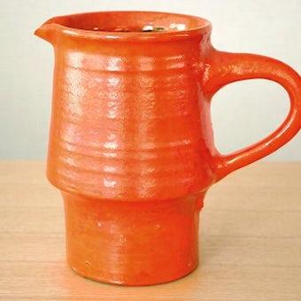 スウェーデンで見つけた陶器のピッチャー(オレンジ)の商品写真