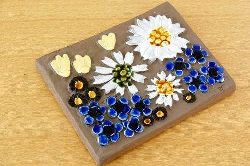 スウェーデン/JIE釜/陶板の壁掛け(色々なお花)の商品写真