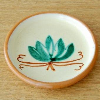 スウェーデン/Nittsjo釜/葉っぱ模様の陶器の小皿の商品写真
