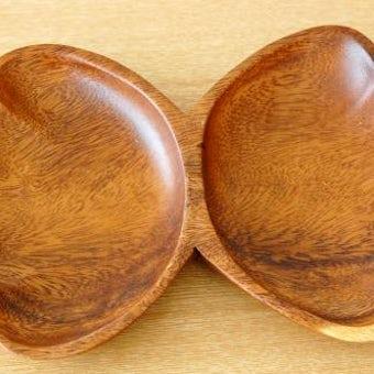 スウェーデンで見つけた木製プレート(貝殻)の商品写真