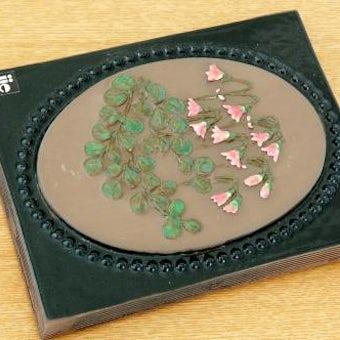 スウェーデン/JIE釜/陶板の壁掛け(小)(ピンクの小花)の商品写真