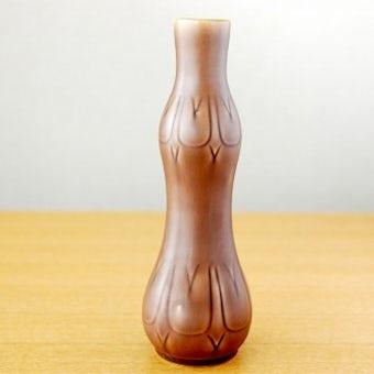 スウェーデンで見つけた陶器の花瓶(チューリップ模様・ブラウン)の商品写真