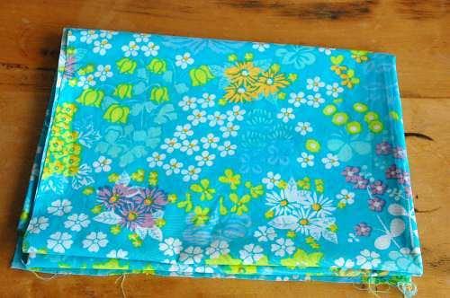 スウェーデンで見つけたテキスタイル(水色・花柄)の商品写真