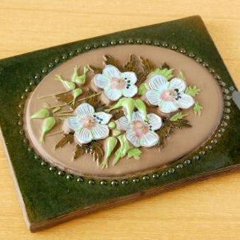 スウェーデン/JIE釜/陶板の壁掛け(大)(水色のお花)の商品写真