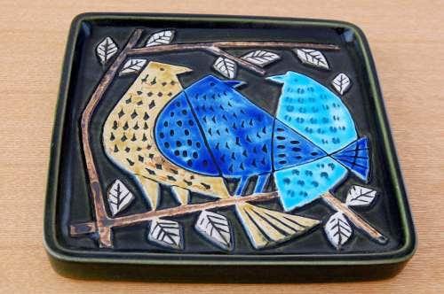 GUSTAVSBERG/グスタフスベリ/Lisa Larson/三羽の鳥が美しいスクエアプレート(壁掛け)の商品写真