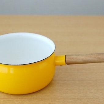スウェーデンで見つけたホーロー片手鍋(ミルクパン)(イエロー)の商品写真