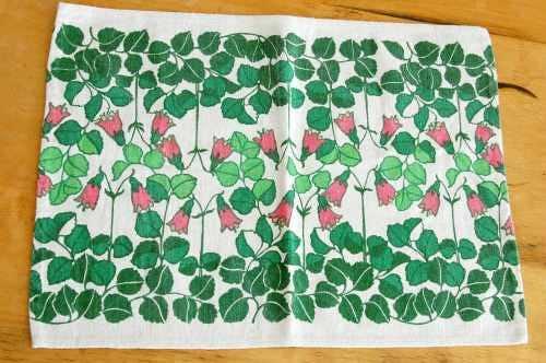 スウェーデンで見つけたセンタークロス(長方形・ピンクの小花)の商品写真