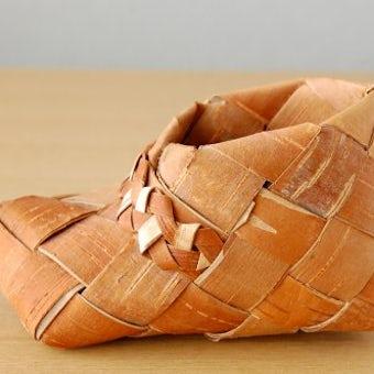 スウェーデンで見つけた工芸品/白樺の靴の商品写真