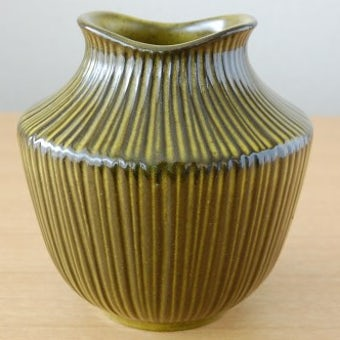 Upsala Ekeby/ウプサラエクビィ/モスグリーンの陶器の花瓶の商品写真