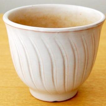スウェーデンで見つけた陶器の植木鉢(縦波模様)の商品写真