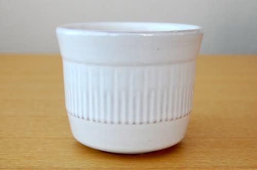 スウェーデンで見つけた陶器の植木鉢(1)の商品写真