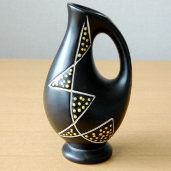 デンマークで見つけた陶器の一輪差し(ブラック×イエローのドット模様)の商品写真