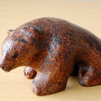 スウェーデンで見つけた熊の置物の商品写真