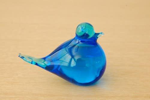 スウェーデンで見つけたガラスの小鳥オブジェ(ブルー)の商品写真