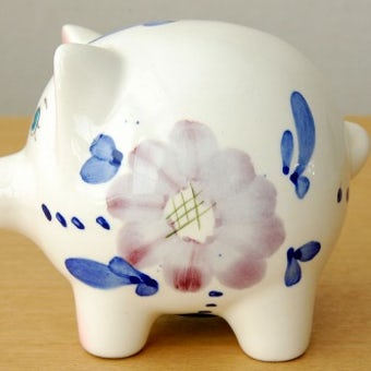 スウェーデンで見つけた陶器の貯金箱(子ブタ)の商品写真