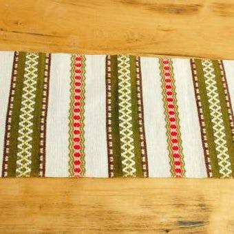 スウェーデンで見つけた織りのテーブルランナー(ベージュ&グリーン&レッド)の商品写真