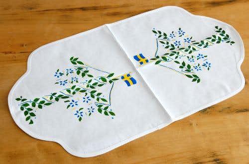 スウェーデンで見つけたセンタークロス(ホワイト/スウェーデンフラッグ)の商品写真