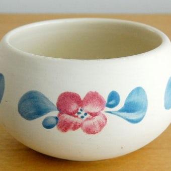 スウェーデン/GABRIEL釜/陶器のボウル(ピンク×ブルーのお花模様)の商品写真