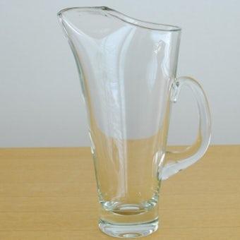 スウェーデンで見つけた大きなガラスのピッチャーの商品写真