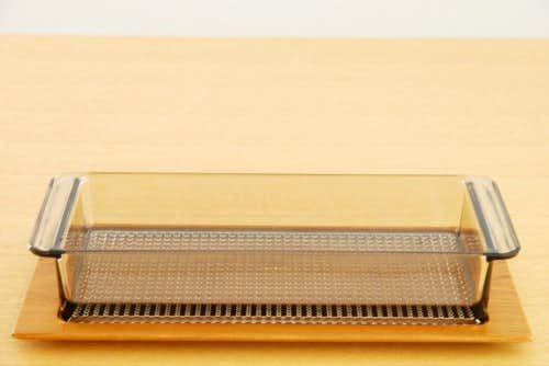 スウェーデンで見つけた木製トレー付きガラスプレート(オードブルセット)の商品写真