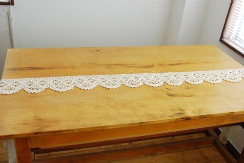 スウェーデンで見つけたかぎ針編みの長いレース(ホワイト)の商品写真