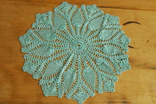 スウェーデンで見つけた手編みドイリー/サークル(若草色)の商品写真