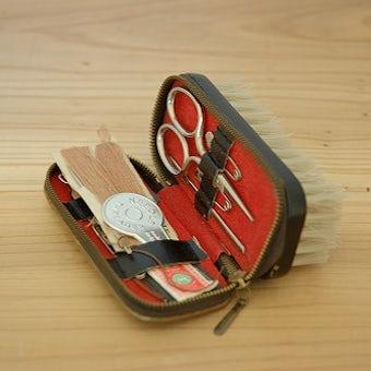 スウェーデンで見つけた刺繍入り 携帯用お裁縫セットの商品写真