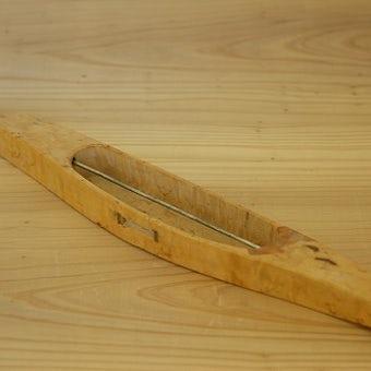 スウェーデンで見つけた古い機織りの道具 木製くるまひの商品写真
