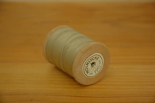 スウェーデンで見つけた糸巻き グレーの商品写真