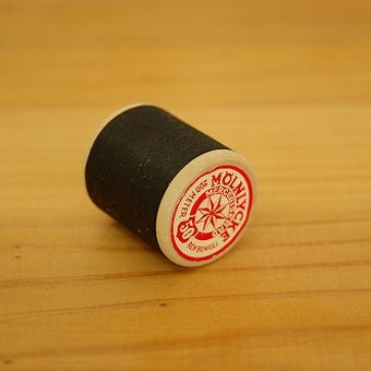 スウェーデンで見つけた糸巻き ブラックの商品写真