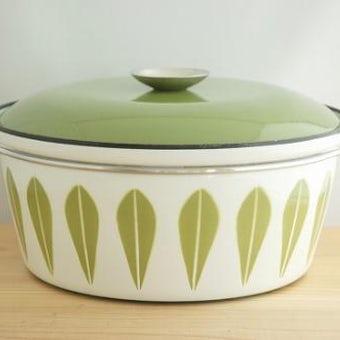 CATHERINEHOLM pan/キャサリンホルム 両手鍋 アボガドグリーン×ホワイト(L)の商品写真