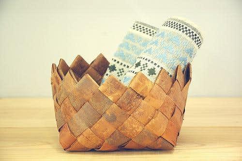 スウェーデンで見つけた白樺のカゴ(立方体型)の商品写真