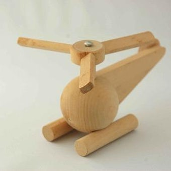 フィンランドからやって来た木製おもちゃ/ヘリコプターの商品写真