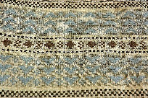 スウェーデンで見つけた刺繍入りテーブルランナー(リネン)の商品写真