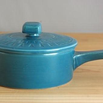 スウェーデンで見つけた鮮やかなブルーの色合いが魅力のソースパンの商品写真