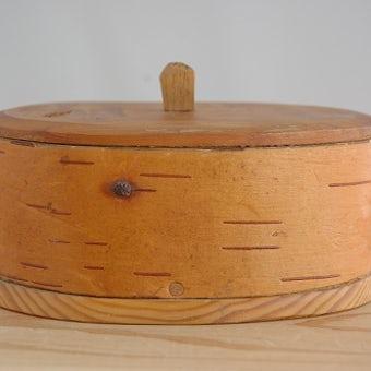 スウェーデンの工芸品/木製オーバルボックス(取っ手付)の商品写真