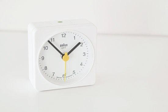 BRAUN/ブラウン/目覚まし時計(ホワイト)の商品写真