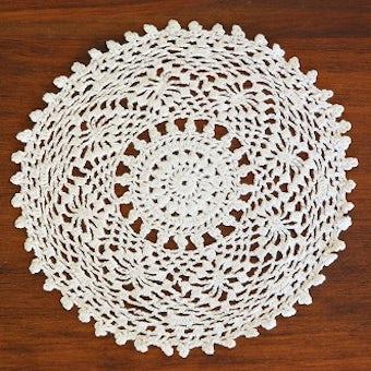 スウェーデンで見つけた手編みドイリー(ラウンド)/ホワイトの商品写真