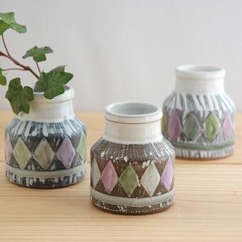 スウェーデンで見つけた陶器の小さな花瓶 3個セットの商品写真