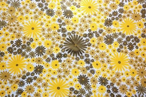 スウェーデンで見つけた花模様のプリントが可愛いテーブルクロス(ラウンド)の商品写真