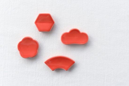 クラスカ/ドーの箸置き(赤)の商品写真