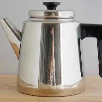 フィンランドで見つけたステンレスコーヒーポットの商品写真