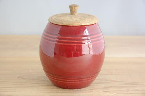 スウェーデンで見つけた色鮮やかな陶器のマスタードポット(木蓋付き)の商品写真