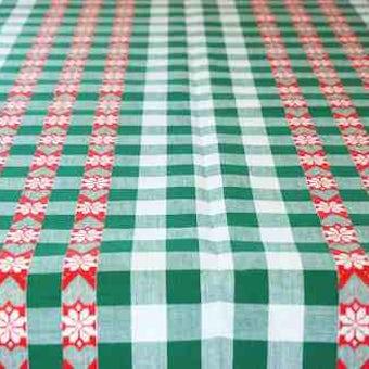 フィンランドで見つけたチェックの模様が可愛いテーブルクロスの商品写真