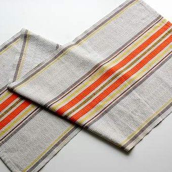 スウェーデンで見つけた織テーブルランナーの商品写真