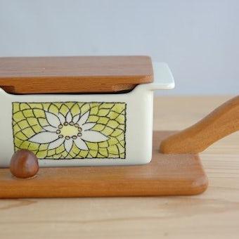 スウェーデンで見つけた木製ハンドルトレー付きバターケースの商品写真