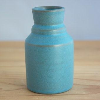 スウェーデンで見つけた空色の花瓶の商品写真