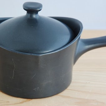 GEFLE/ゲフル/NEGRO/陶器の片手鍋(ブラック)の商品写真
