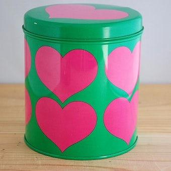 スウェーデンで見つけたレトロなブリキ缶(ハート)の商品写真