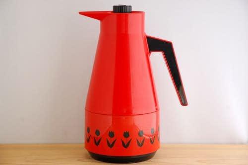 スウェーデンで見つけたプラスティック魔法瓶(レッド、チューリップ柄)の商品写真